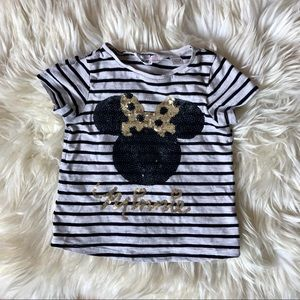 🌟3/$15🌟H&M sequin black gold Minnie Mouse tee